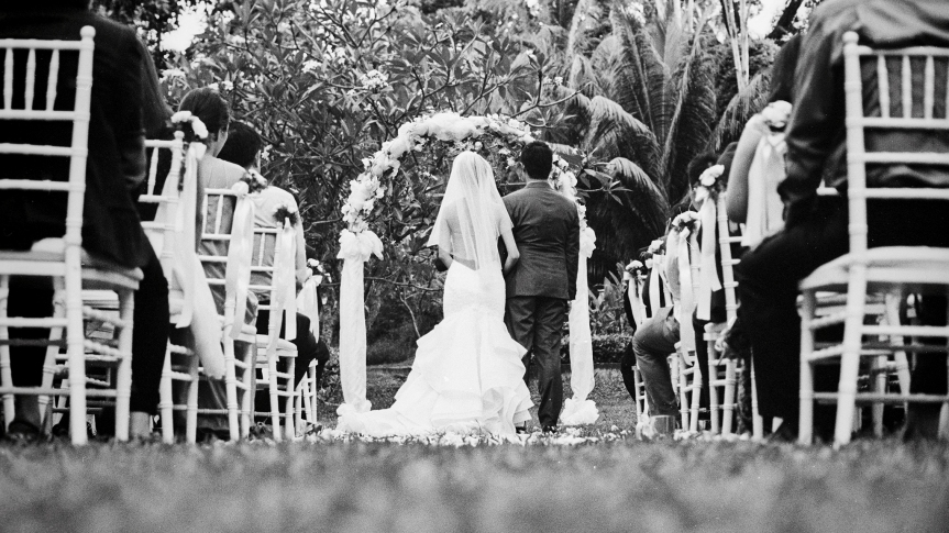 Wedding at Suburbia Sentosa by Film Wedding Photographer Brian Ho from thegaleria